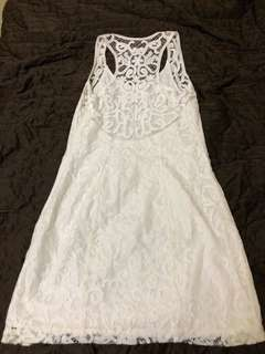 Abercrombie & Fitch size 4 white dress