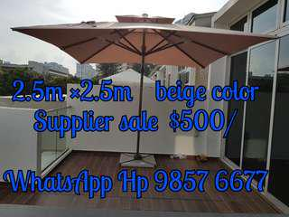 Brand new sunray outdoor  patio parasol  2.5m ×2.5m double  top umbrella.