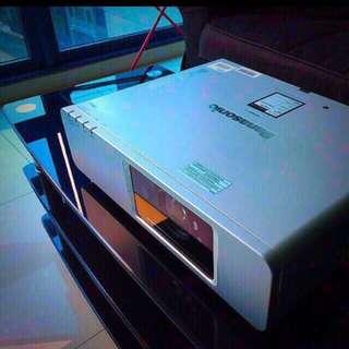 Panasonic Projector Wireless 4OOO Lumens