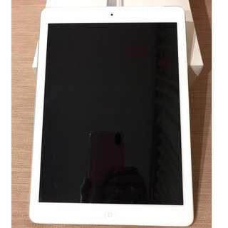 iPad Air 32GB WiFi + Cellular Silver