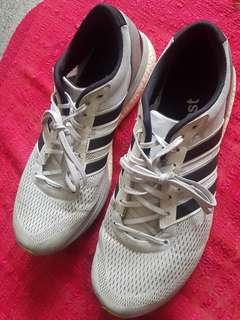 Adidas boston 6 size 12