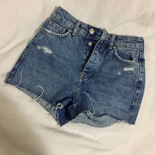 Bershka Mom Fit highwaist shorts