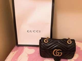 Gucci mini手袋