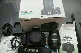 CANON EOS 700D(Rebel T5i/KissX7i)Kit