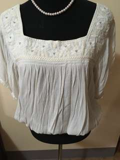 American Eagle U neck blouse