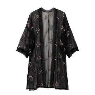 🚚 黑色透膚長版罩衫