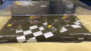F1 Redbull 2 car world Champion Set RB7 2011
