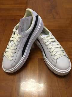 Puma 厚底白色波鞋(全新)size38