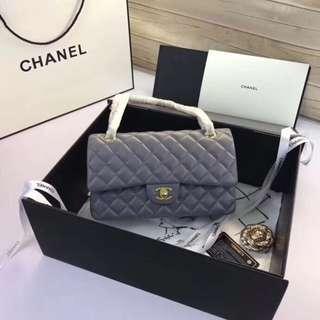 Chanel香奈兒【升級版】A1112,Cf25Cm進口小羊皮,全新經典,內裡也配進口小羊皮,金銀鏈現貨[玫瑰][玫瑰]