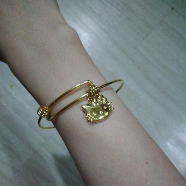 3fa35fdcd BRANDNEW HELLO KITTY ADJUSTABLE GOLD BANGLE, Women's Fashion ...