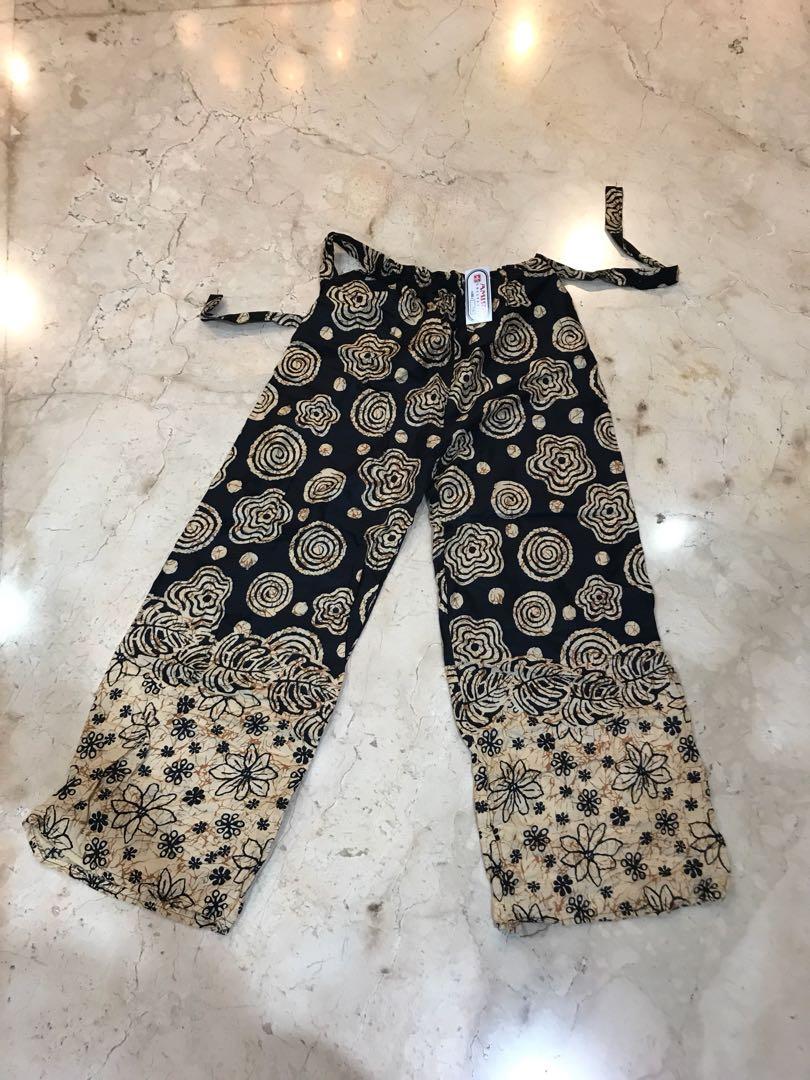 Celana Batik Rumah Fesyen Wanita Pakaian Bawahan Di Carousell Nesha Linen Pants In Olive