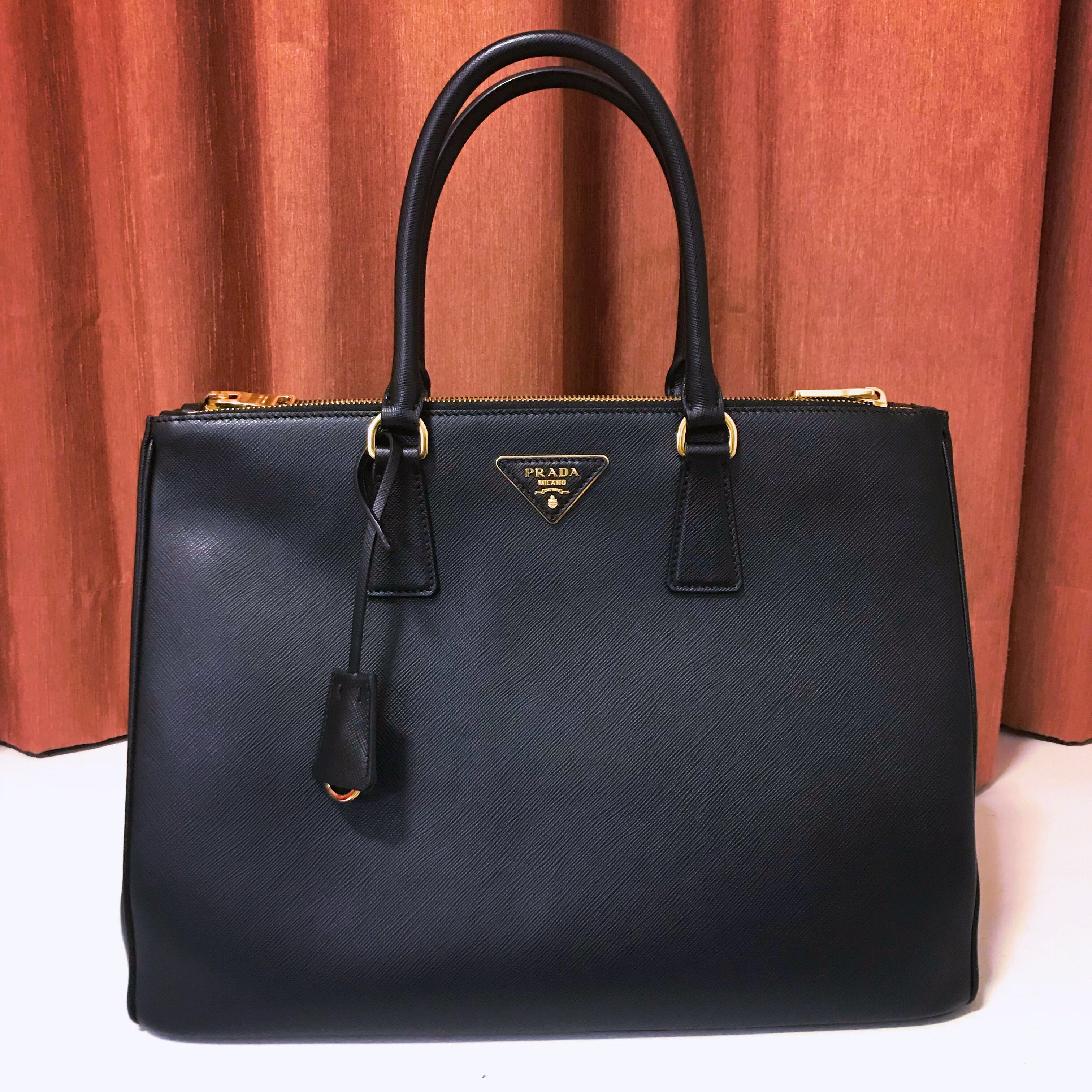 8c0567b835fcb8 Prada Saffiano Lux Nero Borsa A Mano Handbag, Luxury, Bags & Wallets,  Handbags on Carousell