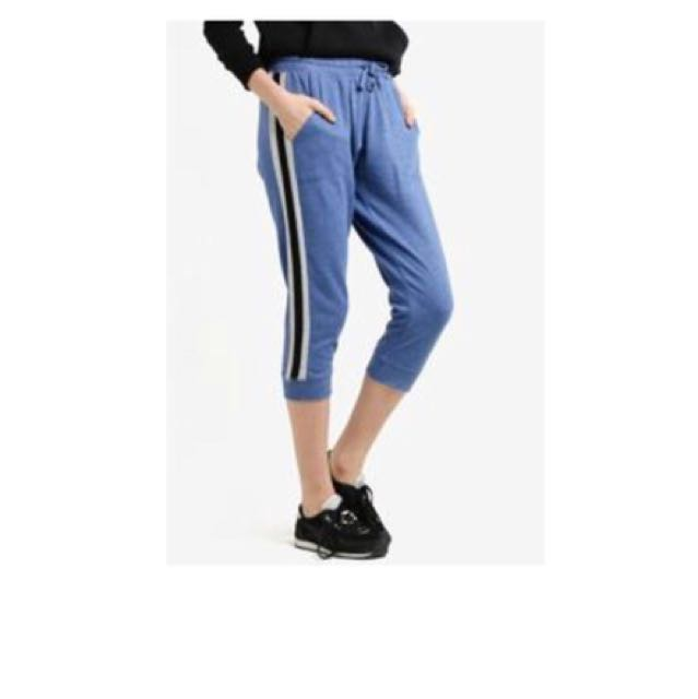 41a428aa8225e Cotton On Cropped Gym Track Pant (blue), Women's Fashion, Clothes ...