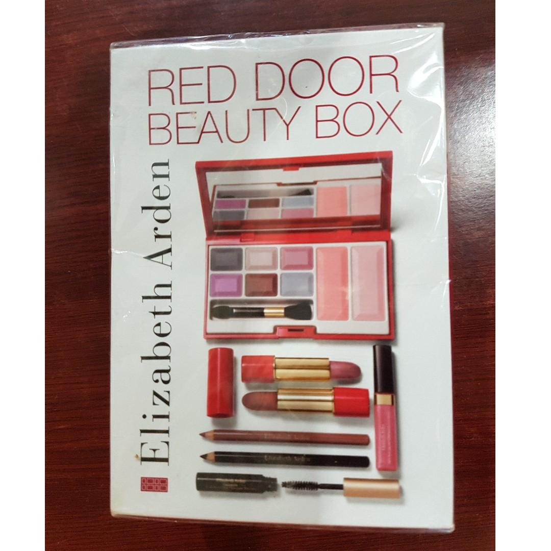 Elizabeth Arden Red Door Beauty Box Makeup Kit Health Beauty