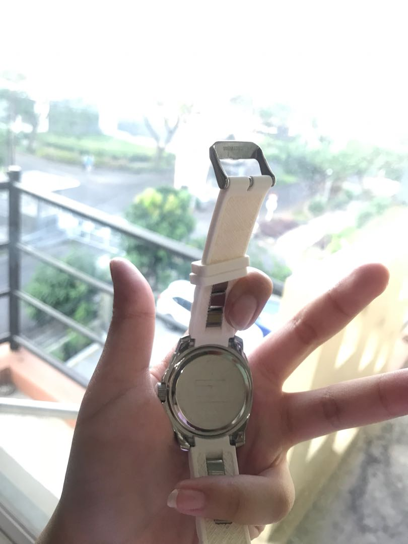Jual jam tangan Tommy Hilfiger (ori), Women's Fashion, Women's Watches on Carousell