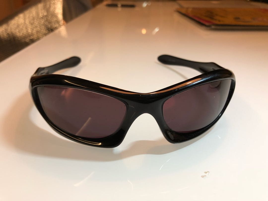 be29d587c Oakley Monster Dog Ducati edition, Men's Fashion, Accessories, Eyewear &  Sunglasses on Carousell