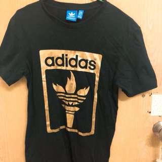 全新以下水-正品愛迪達三葉草黑金短袖t恤