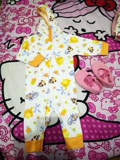 Sleepsuit Velvet 0-4bulan tergantung badan baby
