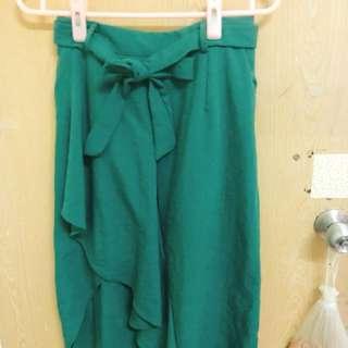 全新綠色及膝裙