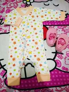 Sleepsuit 0-4bulan tergantung badan baby