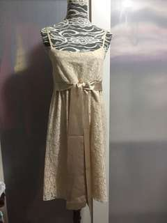 Apricot lace dress (no bargaining)