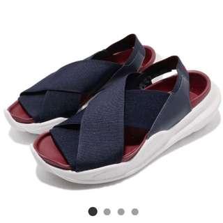 🚚 Nike涼鞋
