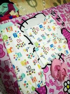 Setelan minus pemakaian 0-6bulan tergantung badan baby