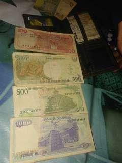 Borong Uang jadul ...seribu lama thn 1992...500 lama tahun ada 2.tahun 1988-1992.. 100 lama tahun 1984