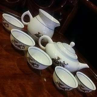 Vintage Chinese Teapot Set