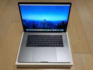 Macbook Pro 15 inch 99.9% New with Apple Care