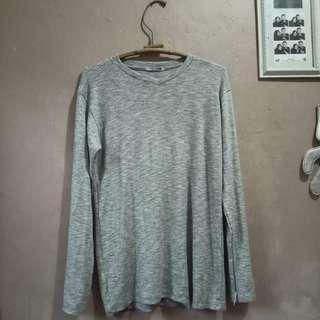 Kaos Grey Lengan Panjang