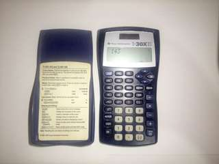 SCIENTIFIC CALCULATOR  (TEXAS INSTRUMENT)p