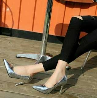🚚 零碼出清 明星同款 韓風金屬幻色高跟鞋 細跟鞋 現貨