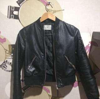 Jaket Kulit ( Leather Faux Bershka )