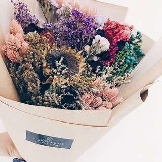 Designer dry flowers bouquet