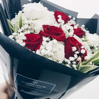 6s rose baby's breath bouquet
