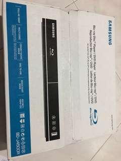 Blu-ray Disc Player/ DVD Player
