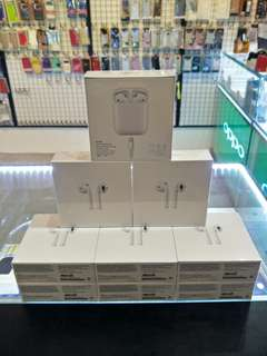 Apple AirPods Original (1 Year Warranty)