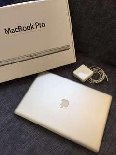 『低售』頂規Apple Macbook Pro 17吋  (early 2011)  i7  /2.2GHz /16GB/256G(SSD固態硬碟)
