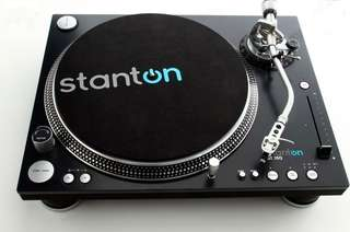 Professional Stanton ST-150 direct drive Turntable (Pair)
