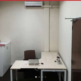 Fully Fitted Spacious Office Room 250sqft (Window Unit)