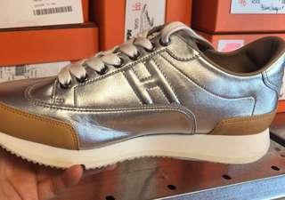 正品 全新 Hermes Sneaker Goal H Logo 運動鞋 銀色/ 黑色