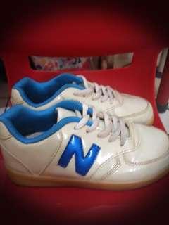 Sayang Anak SIST! Sepatu New Balance Asli Size 34 Good Quality MURAH ❤