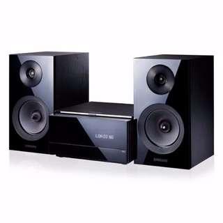 Brand New SAMSUNG Bluetooth CD MINI MICRO SYSTEM MMJ330XS