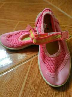 Sneackers/Rubber shoes for little girls