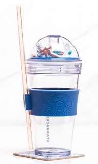 🚚 Starbucks Cold Cup with a dome lid (Merlion)