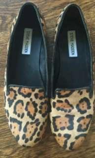 Steve Madden leopard flats, 6