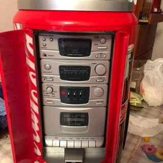 珍藏版限量可口可樂收音機及碟機