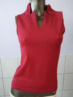 🚚 紅色上衣