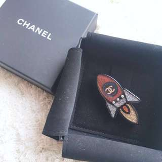 Chanel Brooch 2017 summer collection